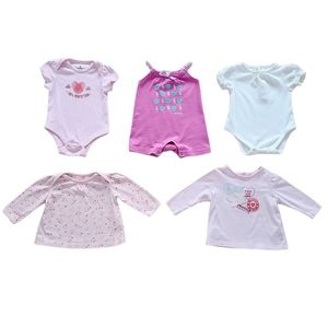 Lot of Baby Girl Onesies & Shirts Size 3-6 months